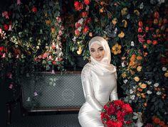 Muslimah Wedding Dress, Nikkah Dress, Muslim Wedding Dresses, White Wedding Dresses, Bridal Dresses, Bridal Hijab, Hijab Bride, Wedding Hijab, Hijabi Girl
