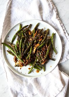Stir-Fried Szechuan String Beans with Shiitake Mushrooms - The Defined Dish Quick Paleo Meals, Vegan Dinners, Paleo Recipes, Asian Recipes, Paleo Food, String Bean Recipes, Green Bean Recipes, Paleo Whole 30, Whole 30 Recipes