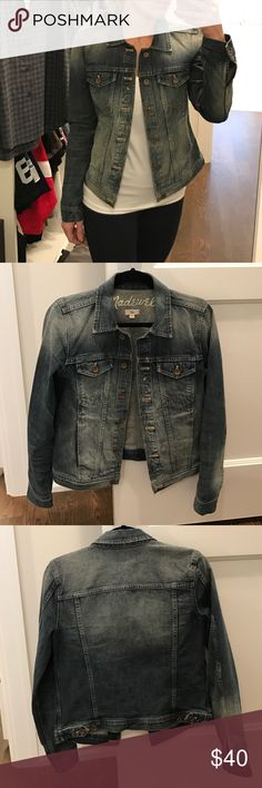Madewell denim jacket small Like new! Size small Madewell Jackets & Coats Jean Jackets