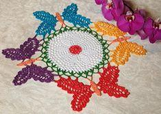 Crochet Doily farfalle Home Decor colorato Decor Camera Decor image 7 Doily Art, Lace Doilies, Crochet Doilies, Camera Decor, Decoration Table, Table Toppers, Colorful Decor, Pink Color, Mittens