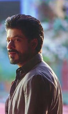 Shah Rukh Khan Movies, Shahrukh Khan, King Of My Heart, King Of Hearts, Ok Jaanu, Half Girlfriend, Indian Movies, Heart Beat, Aishwarya Rai