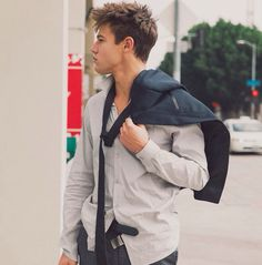 Read Cameron Dallas from the story Imagens maravilhosas para capas by Zahraa_Zuber with reads. Cam Dallas, Cameron Dallas Hair, Cameron Dallas Photoshoot, Magcon Family, Magcon Boys, Tumblr Boys, Cameron Alexander Dallas, Bae, Matt Espinosa