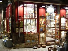 GREECE CHANNEL | Lesvos: Molyvos shop front