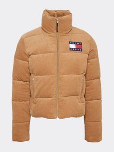 Elevate your look with the latest Tommy Hilfiger women's coats & jackets. Tommy Hilfiger Shop, Tommy Hilfiger Winter Jacket, Legging Outfits, Sporty Outfits, Cute Outfits, Winter Mode Outfits, Winter Fashion Outfits, Puffer Jackets, Outerwear Jackets
