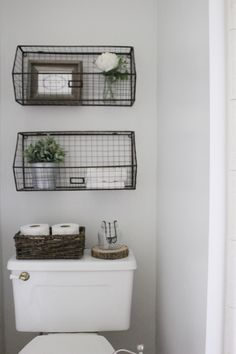 minimal rustic antique home decor, bathroom decor idea, McCarn ...