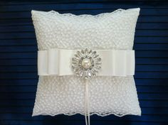 Wedding Ring Bearer Pillow Ivory / Vintage by flordelunadesigns