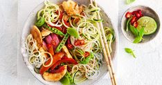 320 cal - Ready in 35 minutes, this healthy Asian stir-fry is loaded with chicken, noodles and vegies, and will be a new family favourite. Low Calorie Lunches, Low Calorie Recipes, Diet Recipes, Healthy Recipes, Recipies, Vegetarian Nachos, Vegetarian Dinners, Healthy Dinners, Quick Meals