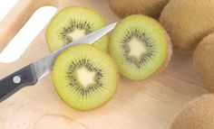 Fruits and vegetables that don't require peeling Fruit And Veg, Fruits And Vegetables, Kiwi, Food, Fruits And Veggies, Essen, Yemek, Meals