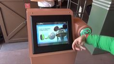 .@Disney continues to push #digitalhealth with their MagicBand for trials: http://stfi.re/geraopr . #WearableTech