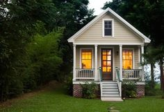 Sweet Cottage at Dusk | Content in a Cottage