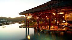 Es la restaurante de Hotel Punta Islita. Las comidas son muy ricas. Se puede comer en la restaurante.