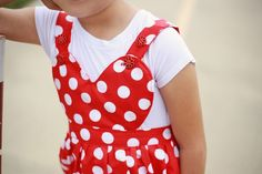 Free Heart Pinafore Sewing Pattern for Girls - Sew Crafty Me Baby Dresses, Girls Dresses, Easy Girls Dress, Fun Projects, Sewing Projects, Pinafore Pattern, Diy Pallet Furniture, Rolled Hem, Learn To Sew