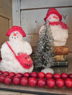 Walnut & Vine - vintage snowman candles