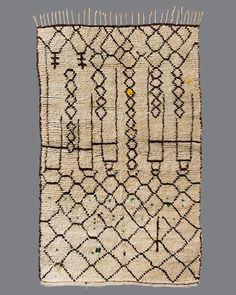 Vintage Moroccan rug, Azilal Fallen in love with Berber rugs. Another reason I have to visit Morocco. Textiles, Sheepskin Rug, Berber Rug, Rugs On Carpet, Persian Rug, Abstract Pattern, Vintage Rugs, Decoration, Patio Ideas