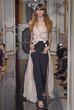 Azzaro Fall 2014 Couture: Zoe Saldana (www.ifiwasastylist.blogspot.com)