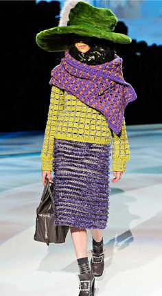 fall 2012 marc jacobs crochet - sweater and shawl - contrasting colors <3