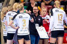 """SG BBM Bietigheim im Handball EHF-Cup-Finale gegen HC Rostov-Don. Susann Müller """"Matchplayer"""". Die SG BBM Bietigheim qualifizierte sich trotz einer 28:32 (13:20) ..."""