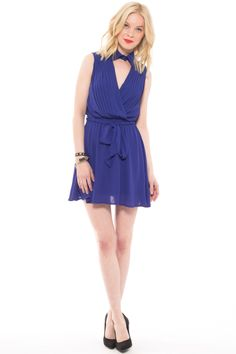 Foreign Exchange :BLUE PLEATED COLLAR FLARE DRESS