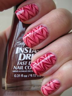 Cute! Always looking for fun cool new designs for my nails.