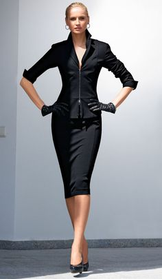 Black Zippered | Love the details.  Successful corporate executive outfit