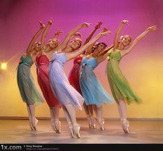 Grace, poise & energy flows through their movements!