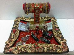 red bangles stand
