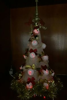 Árvore de natal com cápsulas da dolce gusto