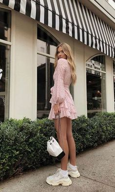 kleider outfits fashion style - casual autumn outfit spring outfit so . Summer Fashion Outfits, Casual Fall Outfits, Spring Outfits, Outfit Summer, Travel Outfits, Autumn Casual, Travel Attire, Casual Ootd, Mode Outfits