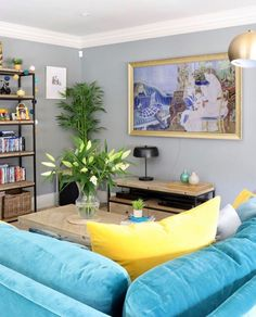 Change your artwork till your heart's content with a Samsung The Frame TV! Photo credit Justyna Kelly Frame Tv, Living Area, Photo Credit, Framed Art, Samsung, Change, Content, Artwork, Room