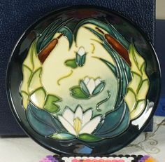 Moorcroft 4.25 diameter shallow dish 780/4 Lamia Rachel Bishop 2000 NMinB