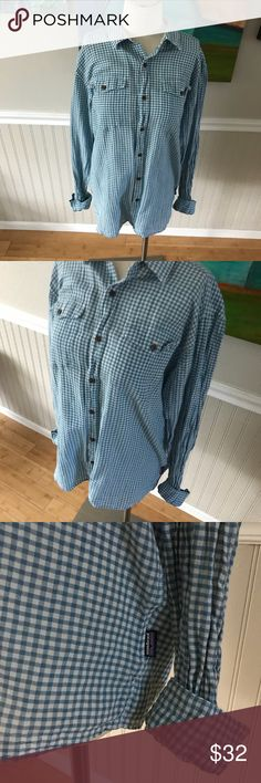 """Men's organic cotton gingham plaid button down Unisex in my opinion but men's shirt.  EUC!  Nice breathable, sustainable organic cotton.  Measures 28"""" long and 21"""" armpit to armpit approximately Patagonia Shirts Casual Button Down Shirts"""