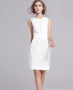 Weißes Sommerkleid mit Daisy Spitze