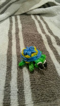Baby turtle loom band attempt number one