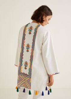 Kaftan haftowany z pomponami - Kobieta Modern Hijab Fashion, Abaya Fashion, Boho Fashion, Fashion Dresses, Hand Embroidery Dress, Kurti Embroidery Design, Embroidery Fashion, Kaftan, Stylish Dresses For Girls