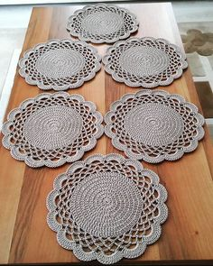 1 million+ Stunning Free Images to Use Anywhere Crochet Table Mat, Crochet Placemats, Crochet Doily Patterns, Baby Knitting Patterns, Crochet Doilies, Pink Crafts, Diy Crafts To Sell, Crochet Home, Diy Crochet