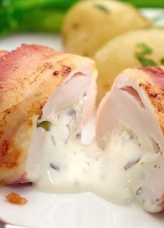 Low FODMAP & Gluten free Recipe - Chicken, bacon, brie and cranberry http://www.ibssano.com/low_fodmap_recipe_chciken_bacon_brie_cranberry.html
