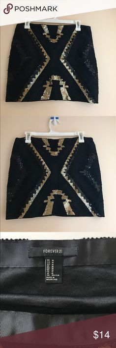 High waisted black and gold sequin skirt High waisted black and gold sequin skirt Forever 21 Skirts Mini