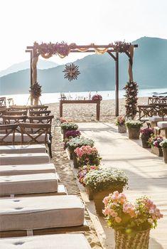 New Boho Beach Wedding Decorations Altars 65 Ideas Boho Beach Wedding, Beach Wedding Reception, Beach Wedding Inspiration, Romantic Beach, Beach Ceremony, Beach Wedding Decorations, Destination Wedding, Reception Ideas, Wedding Ideas