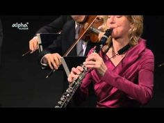 Mozart - Konzert für Klarinetten und Orchester A-Dur KV 622,  Symphonie Nr. 12 G-Dur KV 110 and Cassation Nr. 1 G-dur KV63 w/ Sabine Meyer, Clarinet and the Chamber Orchestra of The Bayerischen Rindfunks Symphont Orchestra - YouTube