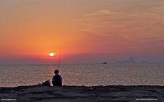 Pescamos hasta la puesta del Sol - Mediterranea Pitiusa la Naviera de Formentera