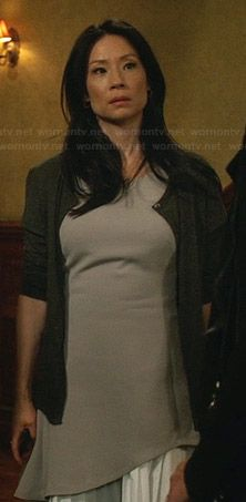 Joan's light grey asymmetrical layered dress on Elementary.  Outfit Details: http://wornontv.net/32212/ #Elementary