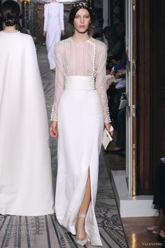 Valentino Fall 2011 Couture Collection | Wedding Inspirasi