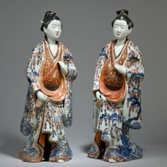 A&J Speelman Oriental Art | Japanese & Korean | Porcelain | A large pair of Imari porcelain figures of ladies Edo period, late 17th century to early 18th century
