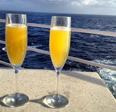 Top five apps for summer cruise travel. Be sure to bring these along!