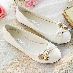 flat women shoes white
