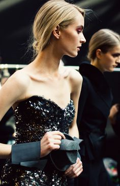 bellissime foto - Donna Karan Fall 2012 RTW collection    http://coolechicstylefashion.blogspot.it/2012/11/love-donna-karan-fall-2012-rtw.html