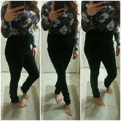 "Forever 21 Black Skinny Pants Forever 21 black skinny dress pants. Preloved. Good condition.   Measurements :  Waist - 14.5"" Length - 39"" Inseam - 31""  ✅Bundles ✅Reasonable Offers ✅Discount Shipping Forever 21 Pants Skinny"