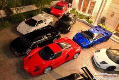 Un garaje de ensueño e inspiración italiana, repleto de Ferrari y Lamborghini - Diariomotor