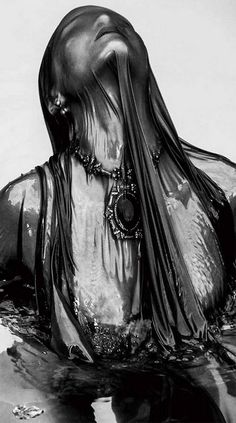New photography dark beauty ideas Dark Photography, Creative Photography, Portrait Photography, Fashion Photography, Creepy Photography, Beauty Photography, Water Shoot, Photocollage, Dark Beauty