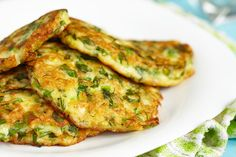 Indian Pancakes turn a traditional comfort food into an exotic and delicious meal. Indian Pancakes are lots of fun. Vegan and& gluten-free-friendly Vegan Zucchini Fritters, Zucchini Pancakes, Carrot Pancakes, Vegetable Pancakes, Low Calorie Breakfast, Breakfast Recipes, Breakfast Options, Indian Pancakes, Greek Vegetables